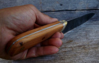 Handmade utility knife with yew scales