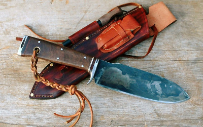 Custom made by hand bushcraft/survival knife