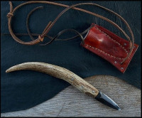 paddle knife with a deer antler hande