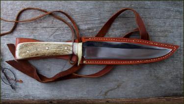 Handforged survival/ hunting knife