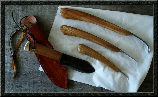 Custom made wood carving set