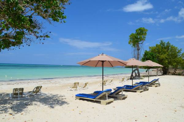 Jamaica Waterfront Beach Villas -  Water Sports - Captain's Cove Jamaica