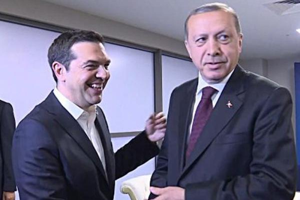 Ο Αλ. Τσίπρας αναζητά συναίνεση στο Κυπριακό με την αντιπολίτευση να το σκέπτεται