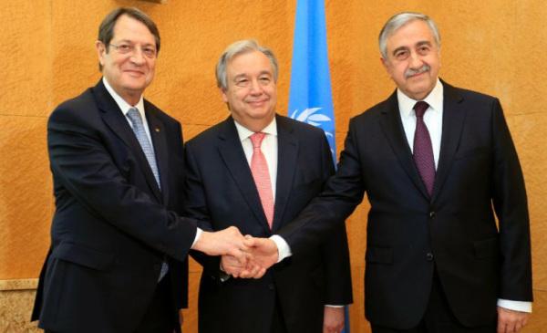 Κυπριακό: αλλάξαν χάρτες, έδωσαν υποσχέσεις και τώρα ελπίζουν στον... Ερντογάν!