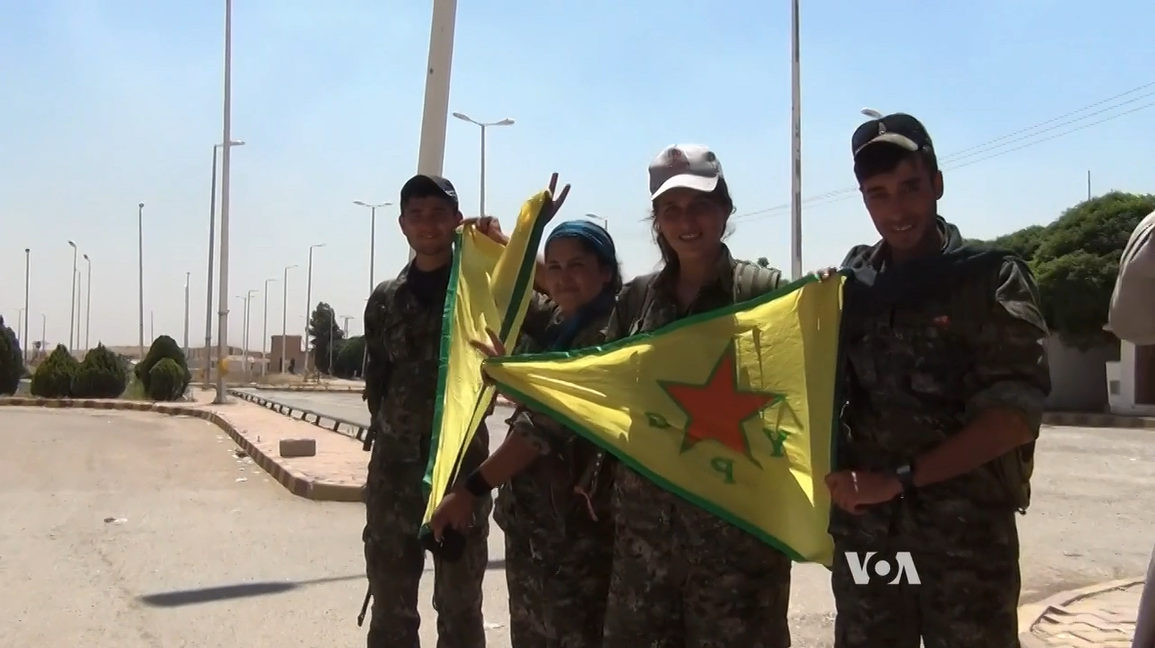 Κούρδοι κατέλαβαν την τελευταία συνοριακή πόλη των τζιχαντιστών με Τουρκία