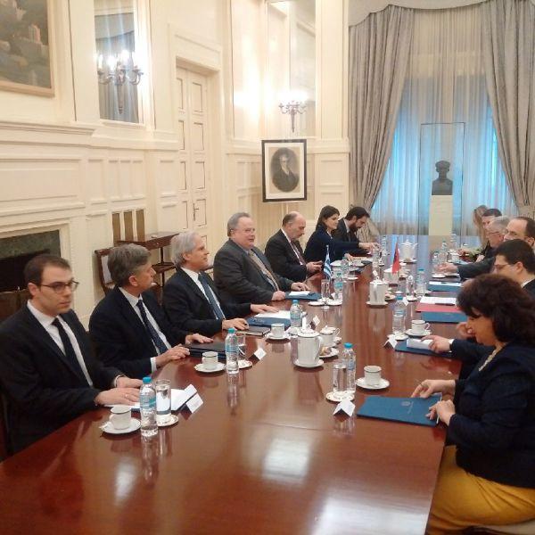 """Οι """"εν κρυπτώ"""" συνομιλίες Κοτζιά - Bushati για Ελληνό-Αλβανικά"""