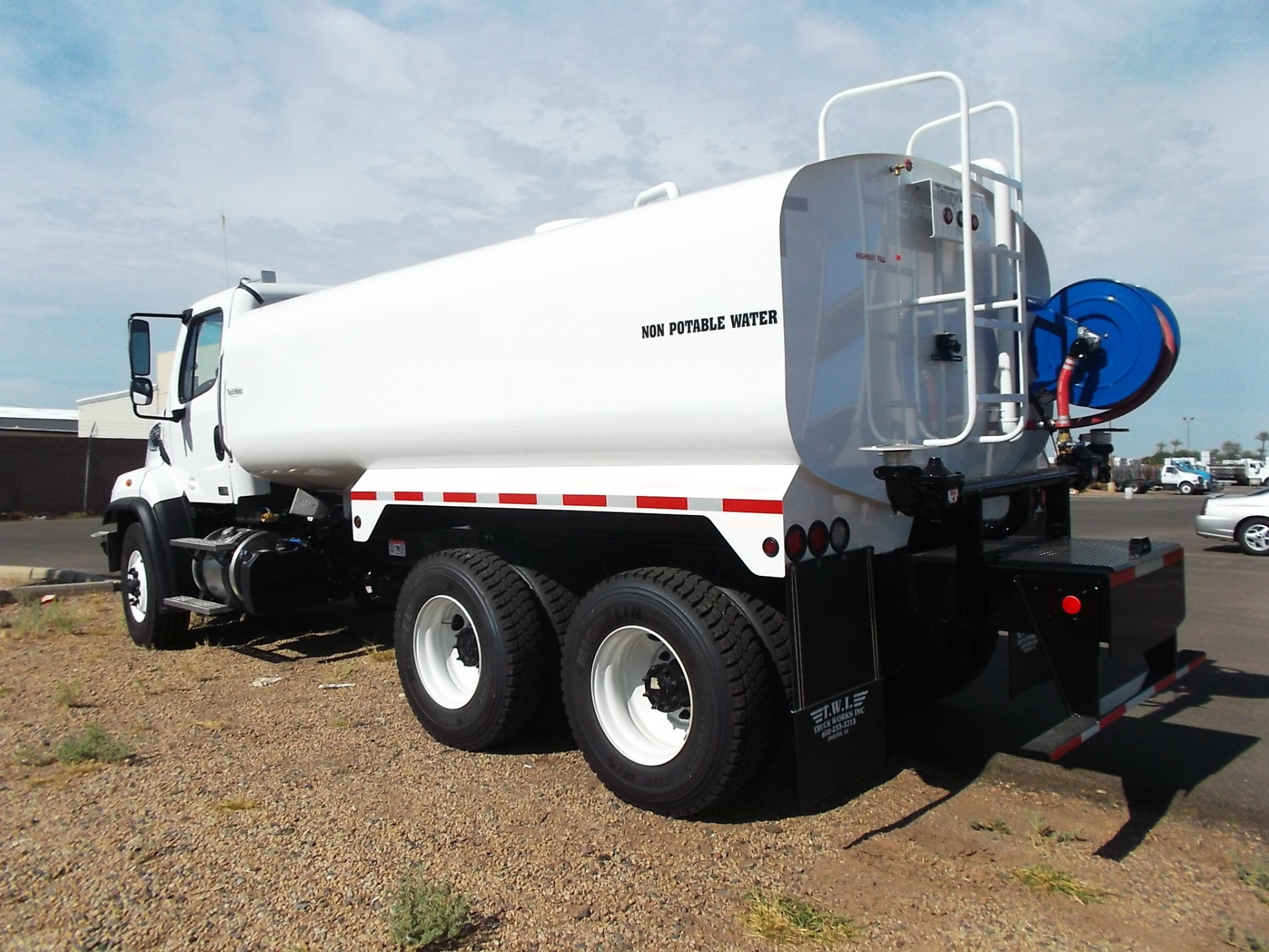 4000 Gallon Dust Abatement, Water Truck for Sale