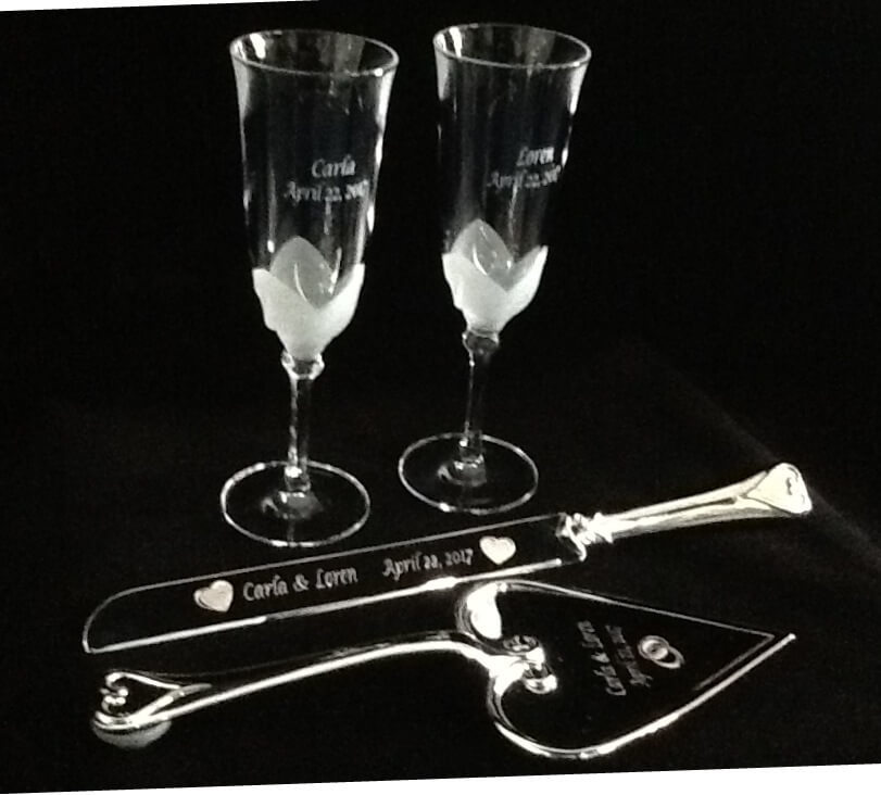 etched glass flutes, etched wedding accessories, engraved metal wedding accessories
