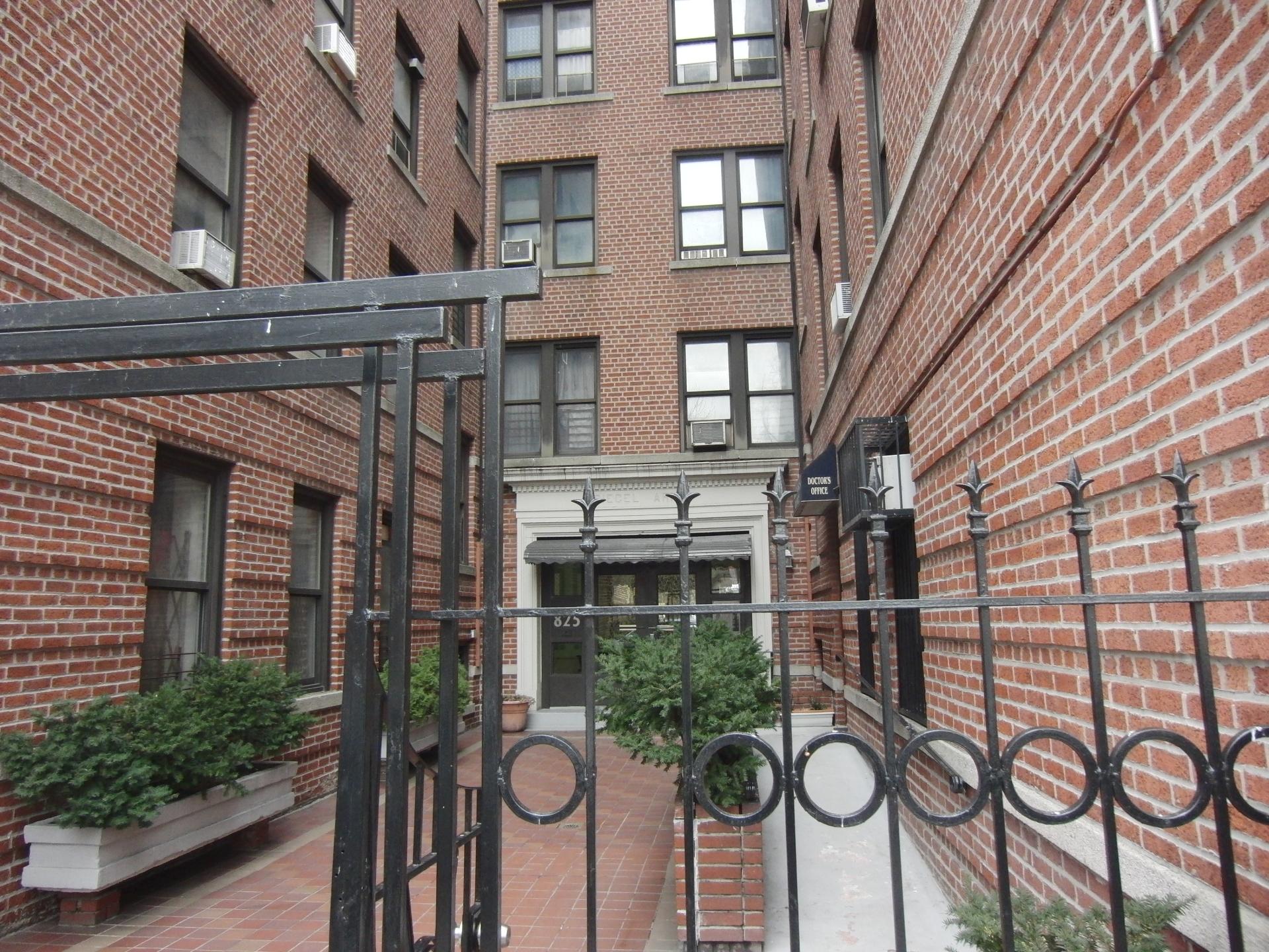 825 Walton Avenue Bronx, NY
