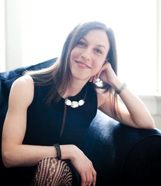 Mimi Pineau headshot