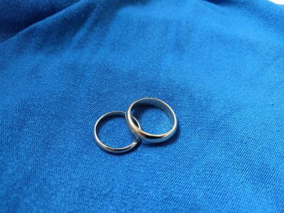 Meon Valley Studio handmade wedding rings
