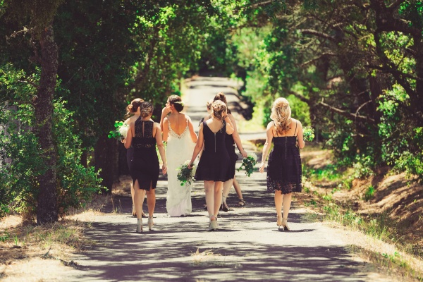 Top 10 Tips On How To Stay Cool On Your Wedding Day