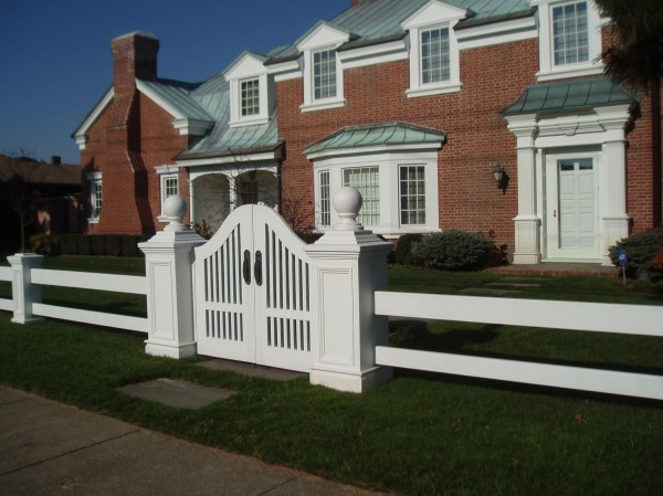 Gates & Fence: Historic Home