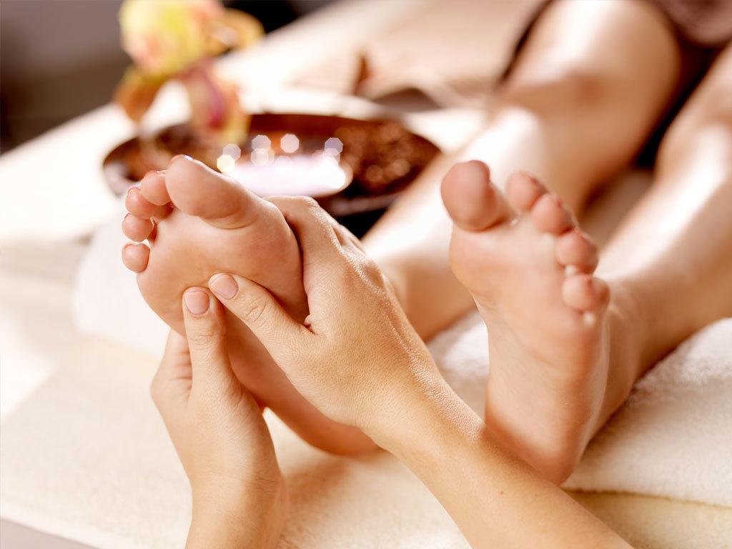 Foot Massage $ 40 / hr.