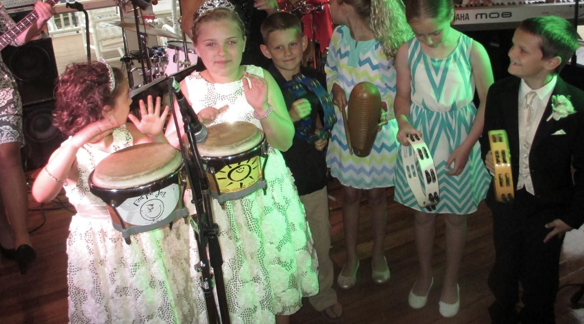 Children participating at Charlotte Harbor Yacht Club Wedding