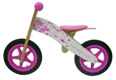 Flora balance bike