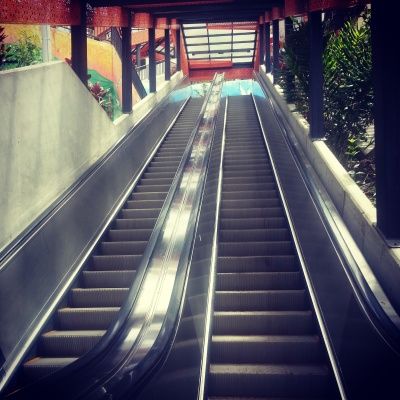 Escaleras Electrias de Comua 13