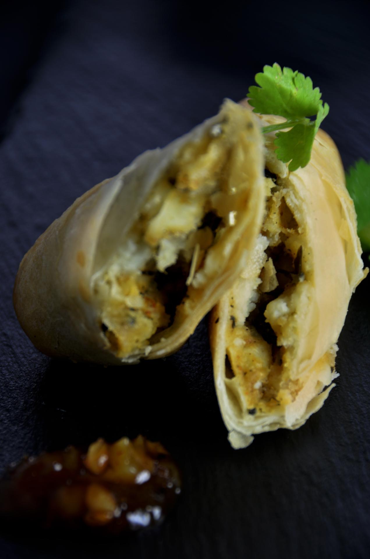 Saag Aloo Roll (Vegan)