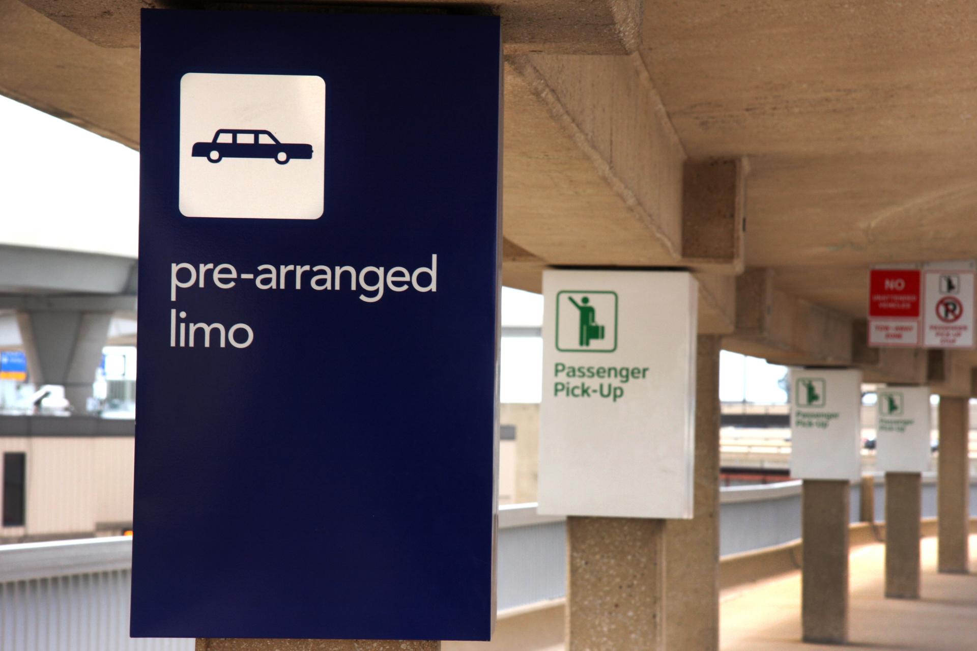 Airport Limo Pre Arrange Services