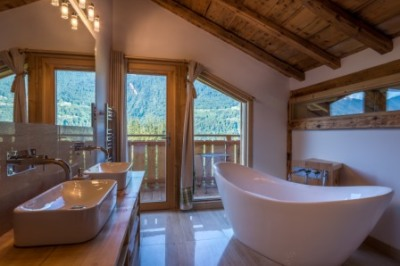 Renovated farmhouse, stunning bathroom with mountain views | Renovation Solutions, near Samoens