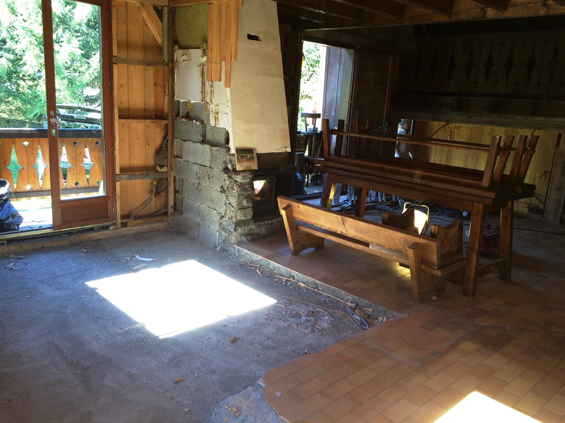 1970s chalet before renovation | Renovation Solutions