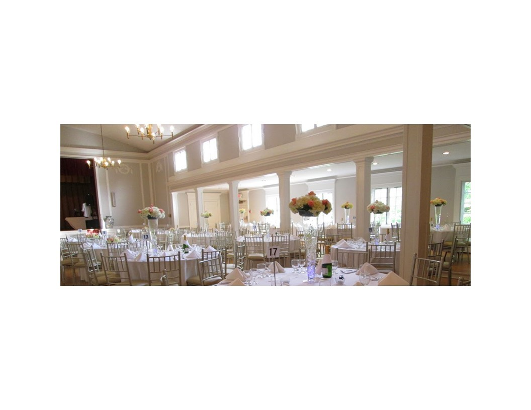 White Wedding with flowers at the WCGR NJ