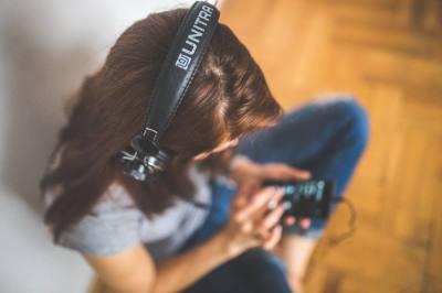 Girl listening to audiobook