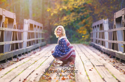 Senior, fall, bridge, flag