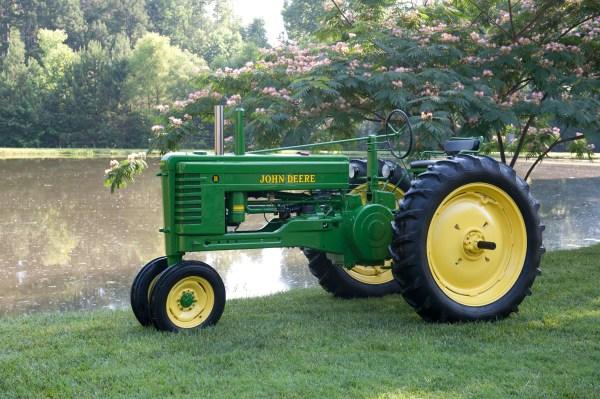 Farm Equipment Repair