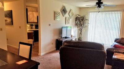 Furnished corporate apartment in Camp Hill PA.  Centrally located with easy access to Mechanicsburg, Harrisburg and Carlisle