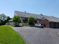 Corporate apartment with garage, furnished home in Mechanicsburg with garage
