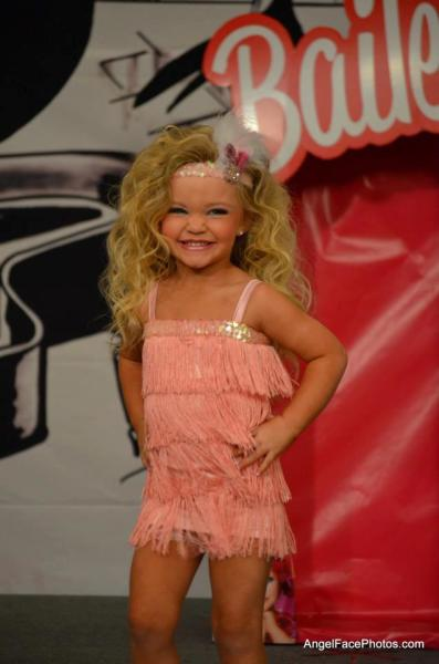 Toddlers & Tiaras Pageant