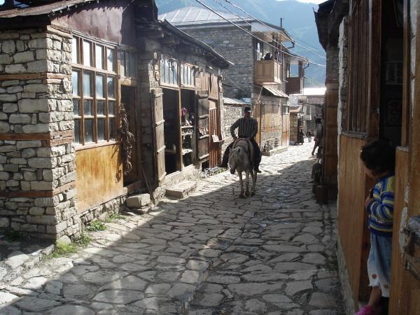 Lahic, Village, Handcrafts