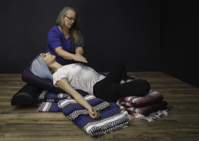 Canna Yamamoto provides Reiki infused yoga sessions at Body For Life healing in Tucson Arizona