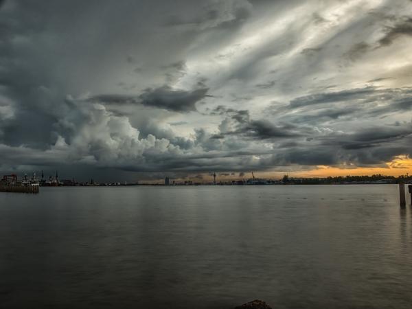 #sunrise,#travel,#travel photography,#landscape,#landscape photography,#sunrise photo,#sunrise in Thailand,#Thailand photos,#photos of Thailand,#storm photography,#storm cloud photo,#storm clouds