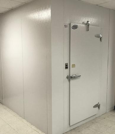 Pre Engineered and Custom Design Walk-In Coolers & Freezers