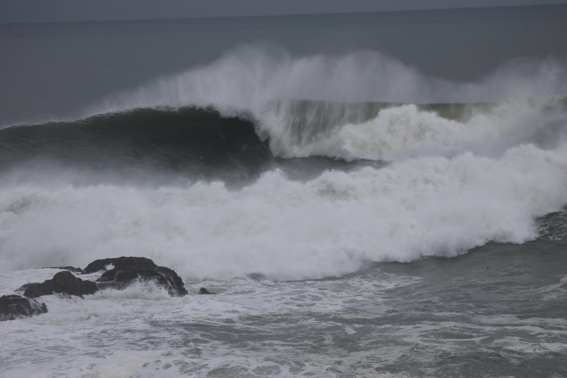 Pacific storm surge