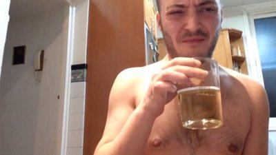 juan toro lafuente drinks his own pee