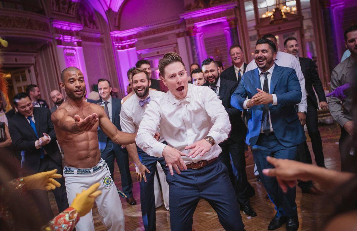 Groom getting his dancing on!