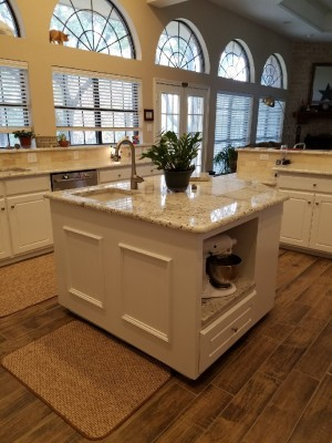 Kitchen Island (Stephenville)