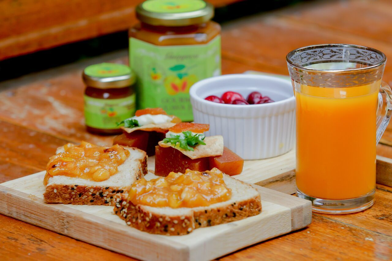 Breakfast with Guava Gourmet