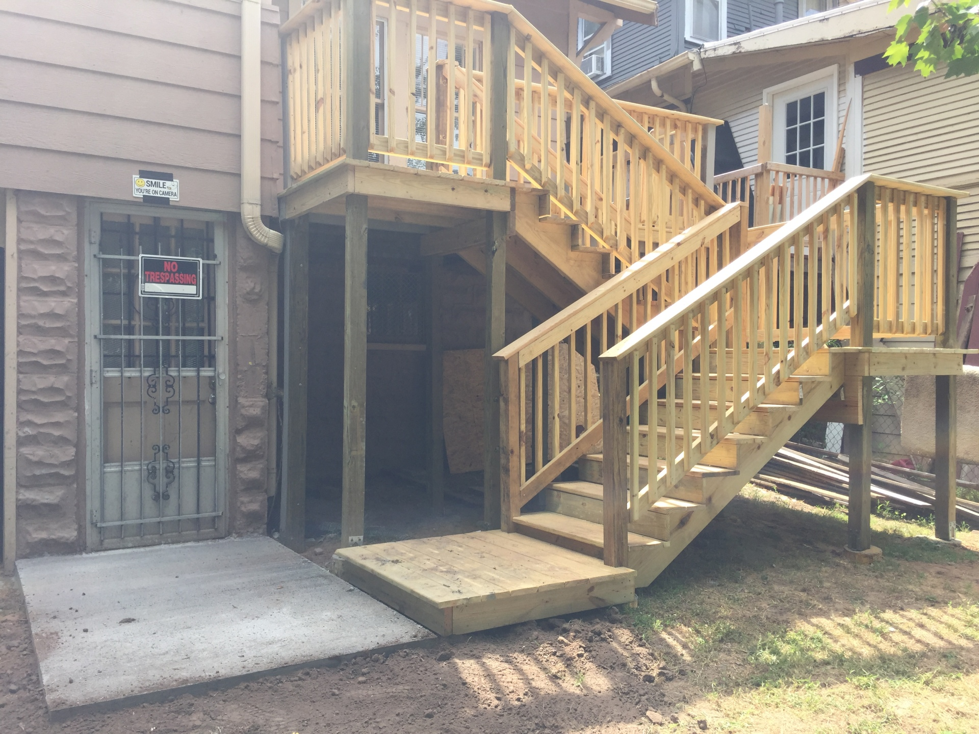 Second Story Deck w/Stairs