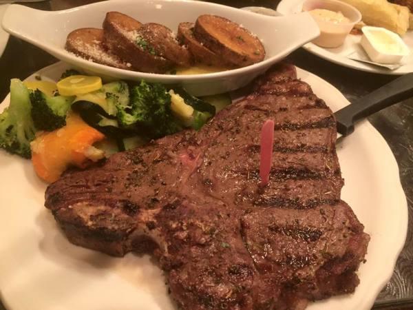 Steaks & Seafood