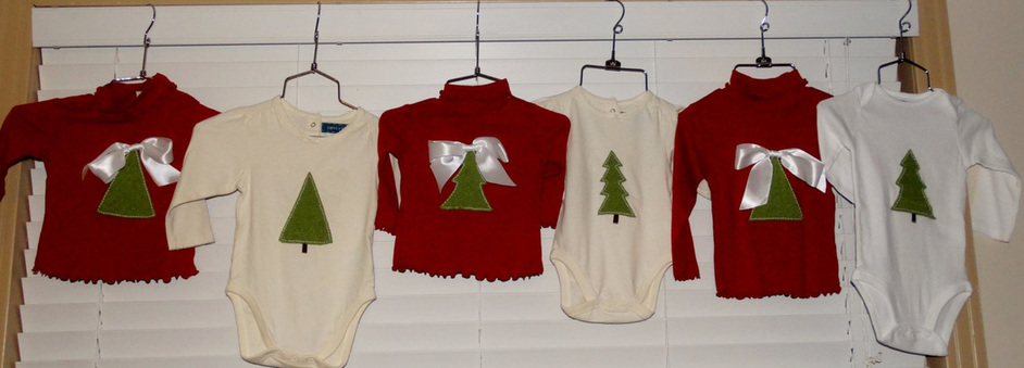 Hand applique, handmade Christmas Tee, Hand Applique Christmas Tree Tees, Hand Applique Christmas t-shirt, hand applique tshirt, felted tshirt