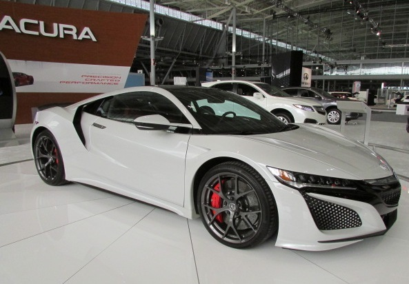 The Acura NSX  (Mike Twist Photo)