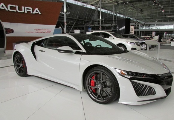 The 2017 Acura NSX.  (Mike Twist Photo)
