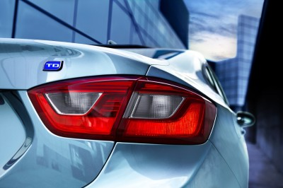 Chevrolet Cruze Diesel Rolls Out With 52 MPG