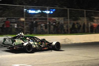 Justin Bonsignore and his #51 team should pose a threat for the 2017 WMT title.  (NASCAR Photo)