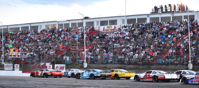 The Oxford 250 draws entries from across the country.  (PASS Photo)