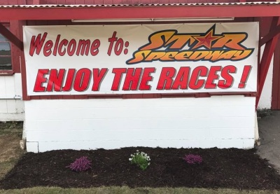 The sign says it all.  (Star Speedway Photo)